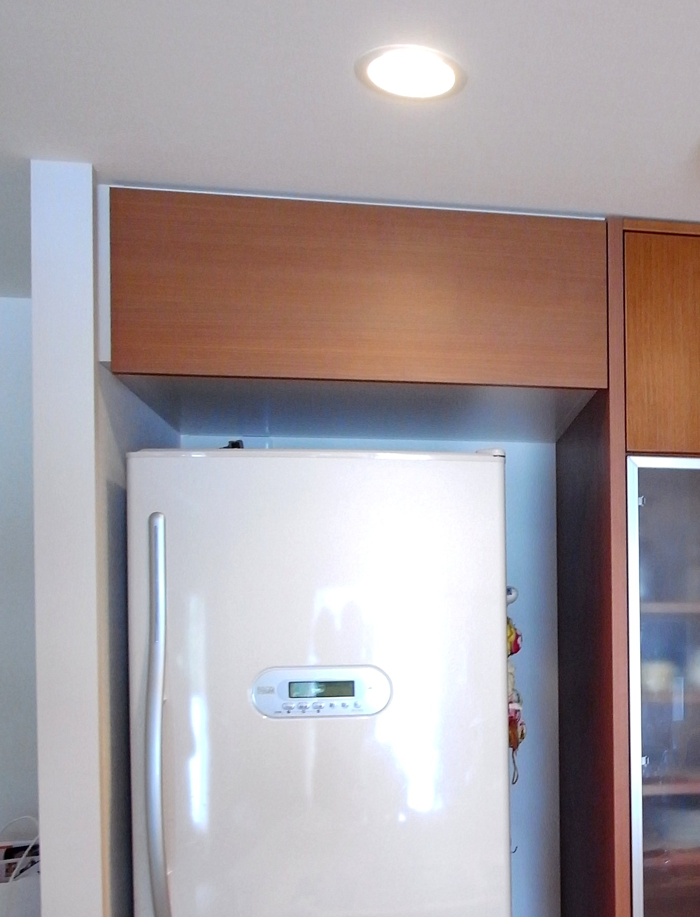 【t017】冷蔵庫上吊戸棚