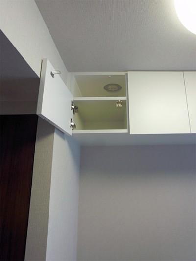 洋室吊戸棚【t030】
