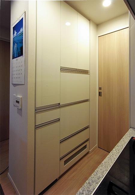 トール型食器棚【s055】
