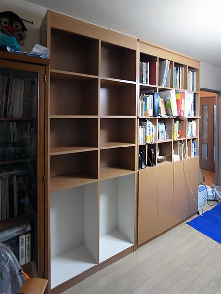 【b008】既製家具合わせ本棚