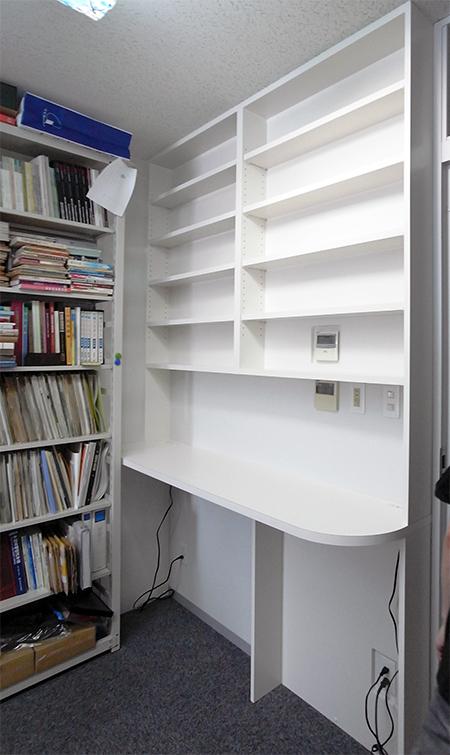 【b010】カウンター付き本棚