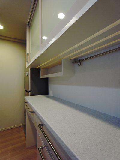 引き戸食器棚【s124】