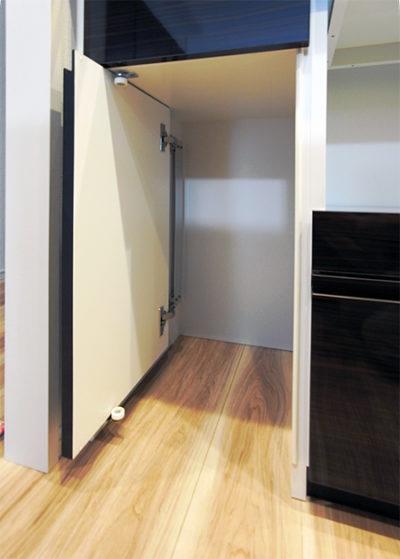 スライドカウンター,垂直収納扉,食器棚【s158】