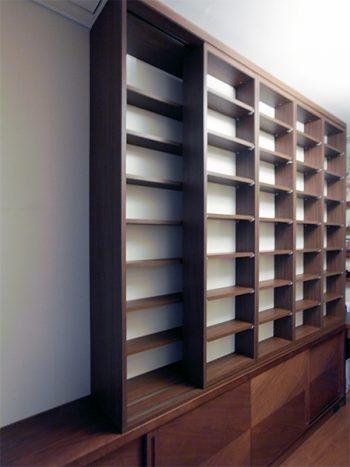 【b018】既存家具上可動式本棚