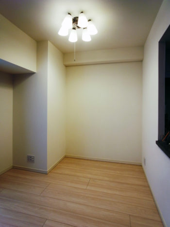 【h048】壁面収納